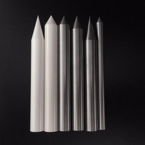 試験用釘の画像